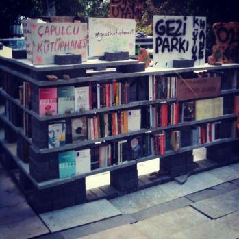 Gezi Kütüphanesi